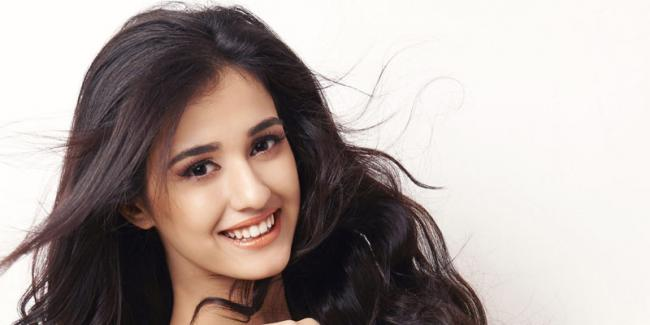 Disha Patani to replace Shruthi Haasan in sangamithra