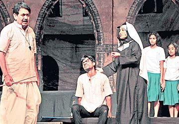 అద్భుతం... మదర్ థెరిసా నాటకం