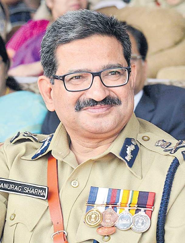 DGP Anurag Sharma on police run - Sakshi