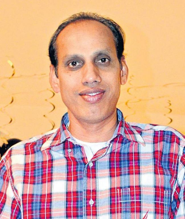E-Mail Interview with poet Ravi Virelli - Sakshi