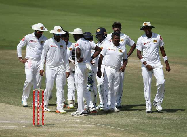 pakistan in trouble in chase of 136