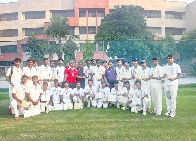 Hyderabad ECDG wins inter state emerging t20 title - Sakshi