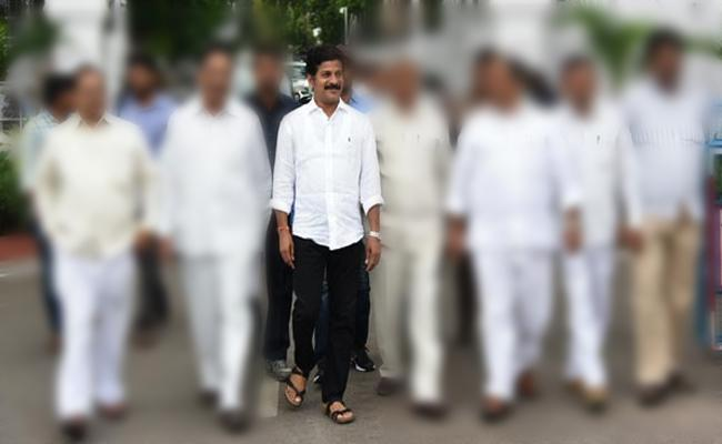 several telangana tdp leaders quits party - Sakshi
