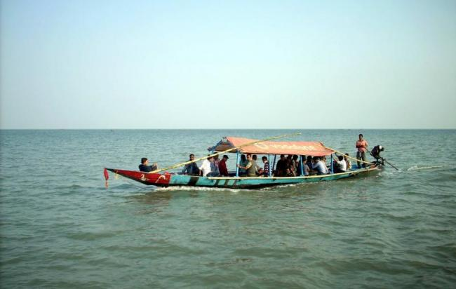 Chilika lake tourist spot in odisha