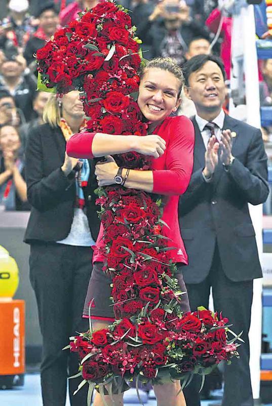 Rafael Nadal, Simona Halep Advance with Wins