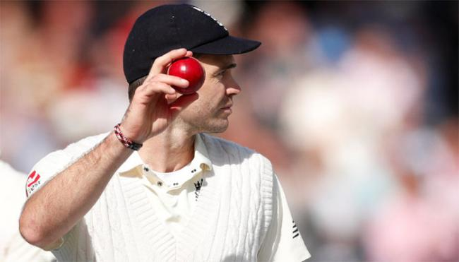 James Anderson to replace Ben Stokes as vice captain in Ashes - Sakshi