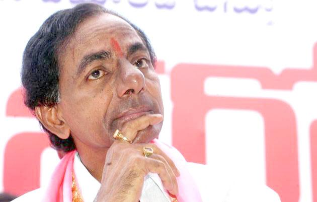 Congress Leader Addanki Dayakar Fires On CM KCR - Sakshi