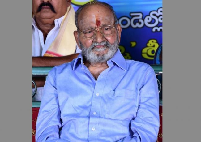 k.viswanath honored in mandapeta  - Sakshi