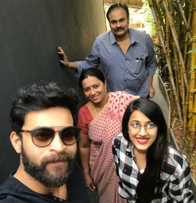 Sunday lunch with family- Hero varun tej - Sakshi