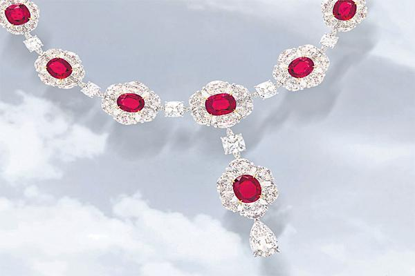 rs. 105 crore Made in India jewellery suite - Sakshi