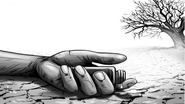 Five farmers are suicide - Sakshi