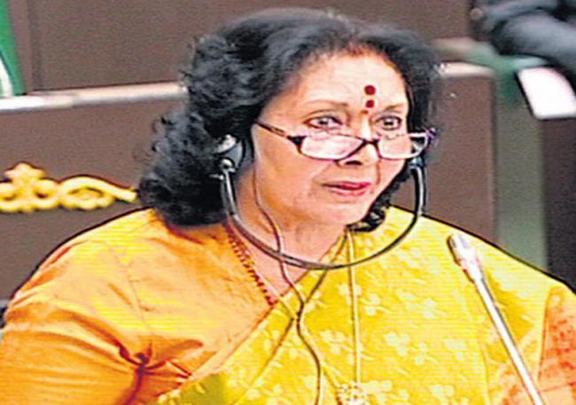 Geeta reddy fires on KCR Kit scheme in assembly - Sakshi