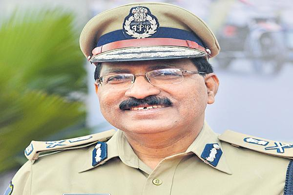 Mahender reddy as incharge DGP - Sakshi