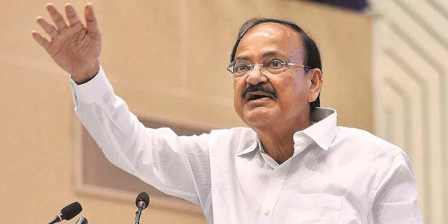 Tribunals stay orders strangulate growth: Venkaiah Naidu  - Sakshi