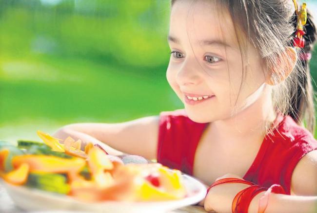 Diabetes is a diet to take food - Sakshi