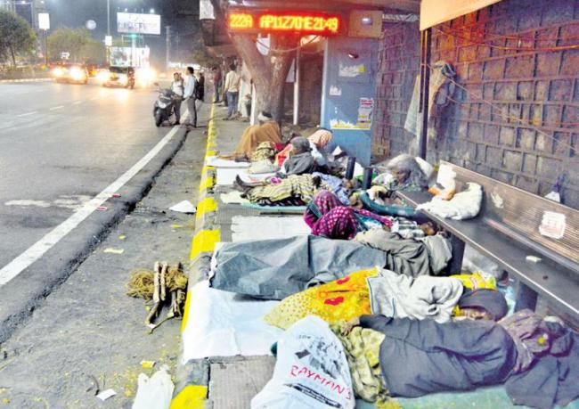 Only 12 night shelters for 1500 people: Hyderabad - Sakshi