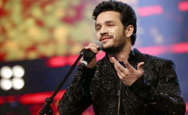 Akhil Akkineni spent 100 hours for that song - Sakshi