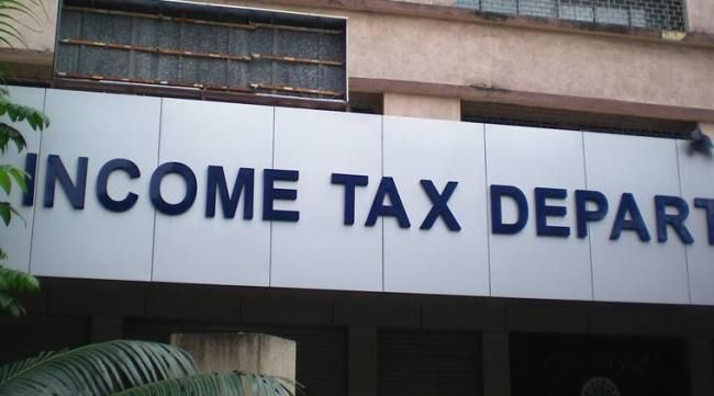 Income tax department to target senior executives who have US bank accounts  - Sakshi