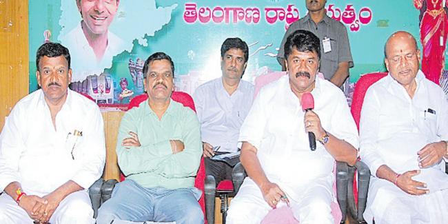 Government schemes should be utilized - Sakshi