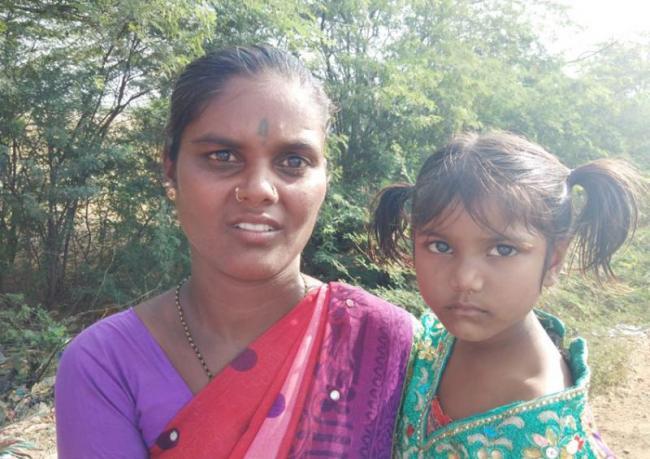 People Sharing There Sorrows To Ys Jagan - Sakshi