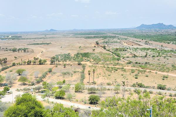 SC Corporation ready to distribute lands - Sakshi