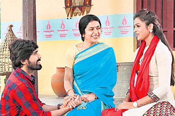 suhasini about ninne chusthu - Sakshi