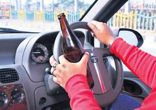 38percent Youth Caught Drunk And Drive in Hyderabad - Sakshi