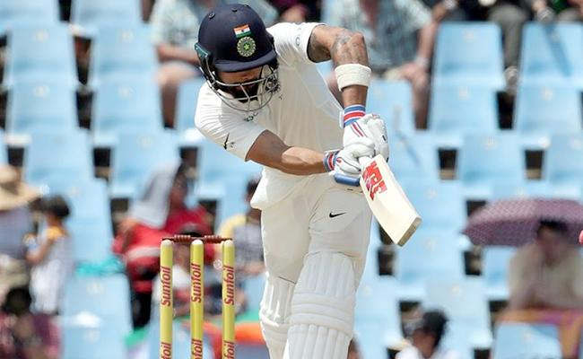 Kohli, Vijay steady India - Sakshi