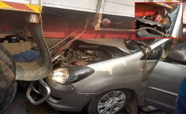 six killed in road accidents - Sakshi