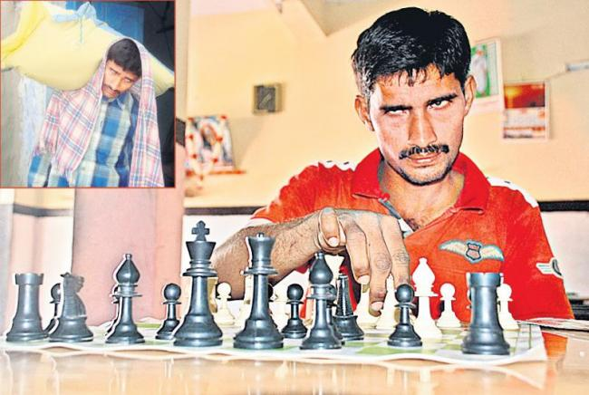 The daily labour wins chess tournaments - Sakshi