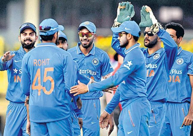 aakar patel writes on india vs south africa test match - Sakshi