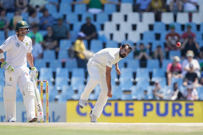 Shami become third indian pacer for Fewest Tests to 100 wickets - Sakshi
