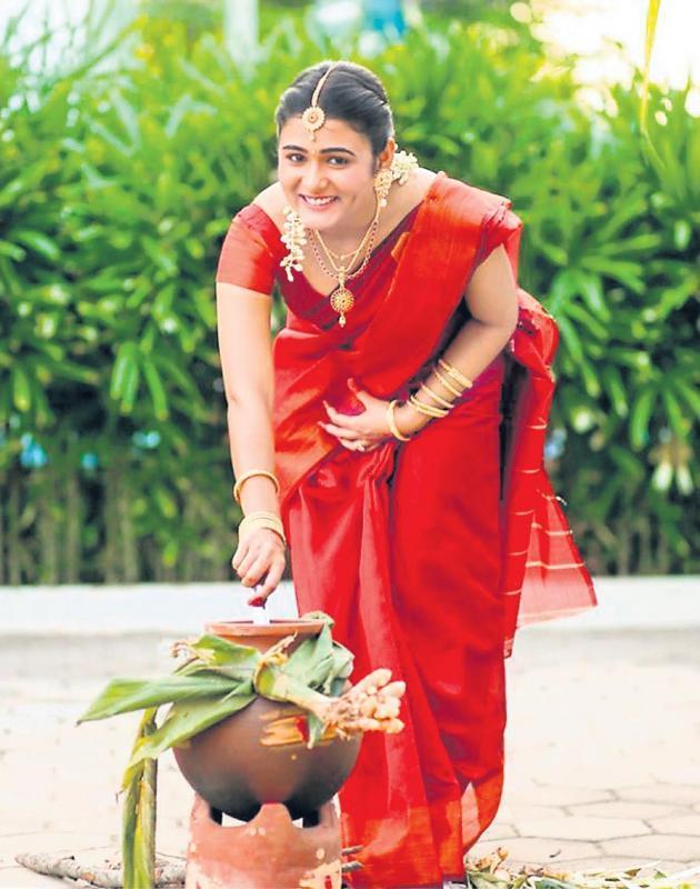 shalini pandey sankranthi special - Sakshi