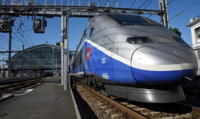 Indian Railways to Introduce World Class High-speed Trains Soon - Sakshi