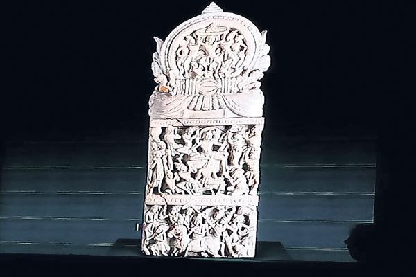 Sculptures in Chhatrapati Shivaji Museum - Sakshi