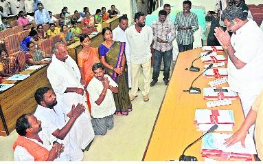 what will happen in this year zilla parishad general meeting - Sakshi