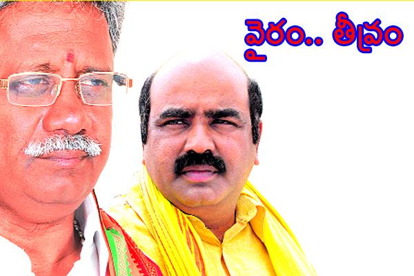 Interesting politics in BJP-TDP  - Sakshi