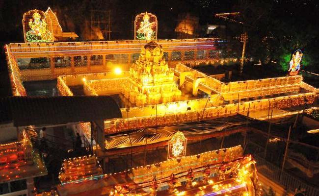 kanaka durga temple Palaka Mandali sensational comments on Tantrik pooja - Sakshi