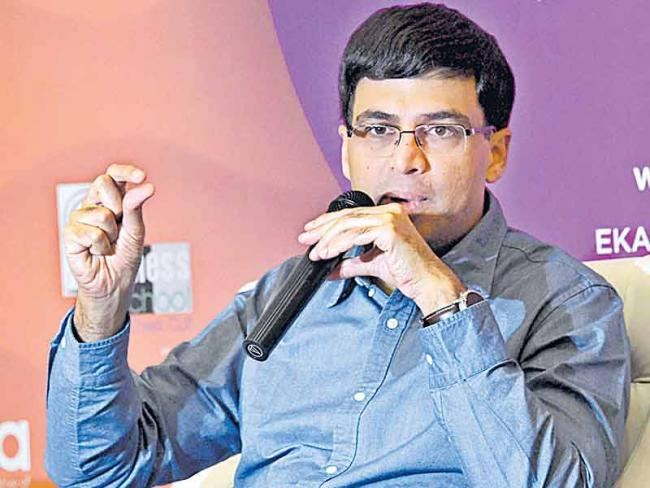 Viswanathan Anand feels India has a good chance of winning gold at the Chess Olympiad - Sakshi