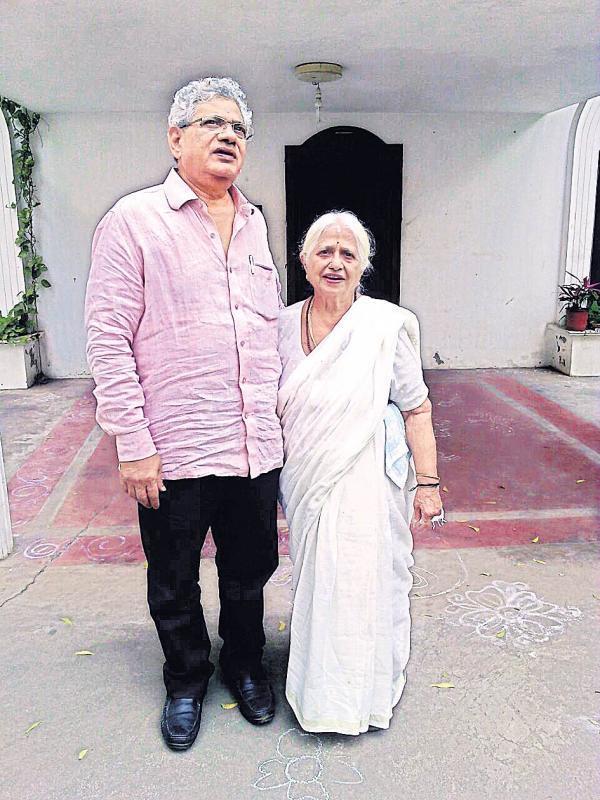Sitaram Yechury met his mother in hometown - Sakshi