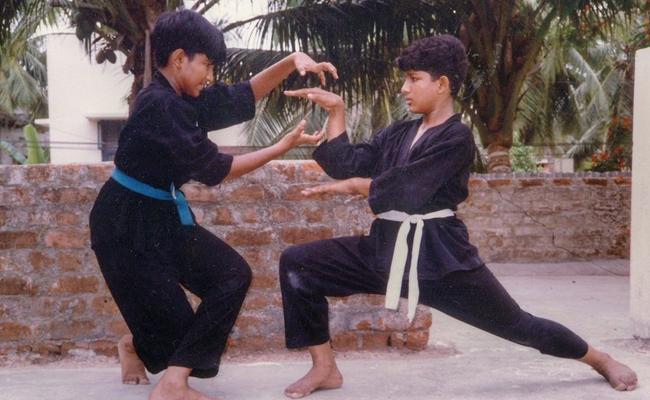 Allu arjun, Aadi pinishetty Childhood Photo - Sakshi