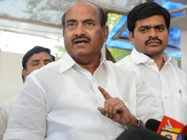 JC Diwakar Reddy Sensational Comments on PM Modi and Cm Chandrababu - Sakshi