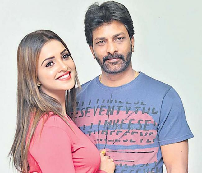 Vidya Sagar Raju, Sanchita Padukone @ Rachayitha Movie Press meet - Sakshi