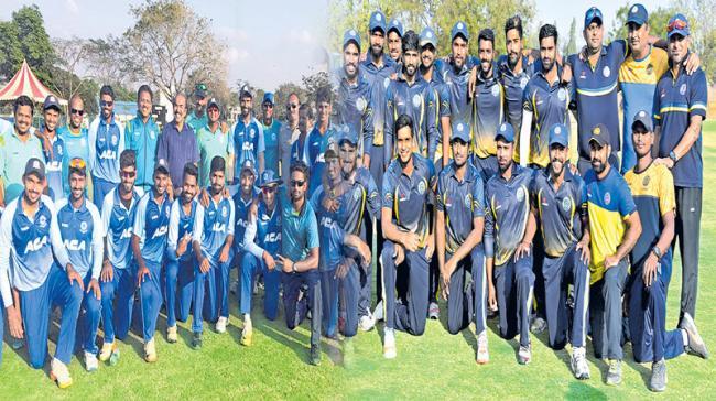 Vijay Hazare trophy: Hyderabad top group, in Last 8 - Sakshi