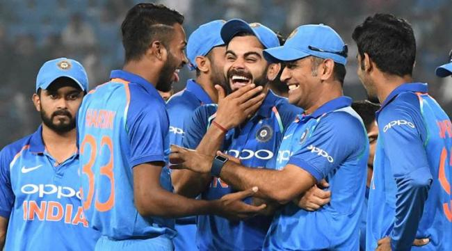 India snatch ICC ODI top rank from South Africa after 4-1 series win - Sakshi