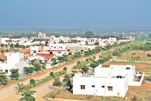 Srisailam road is the right way to own house! - Sakshi