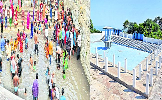 The government ignored the development of kondagattu anjanna temple - Sakshi