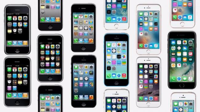 Apple raises prices of all models and watch after duty hike - Sakshi