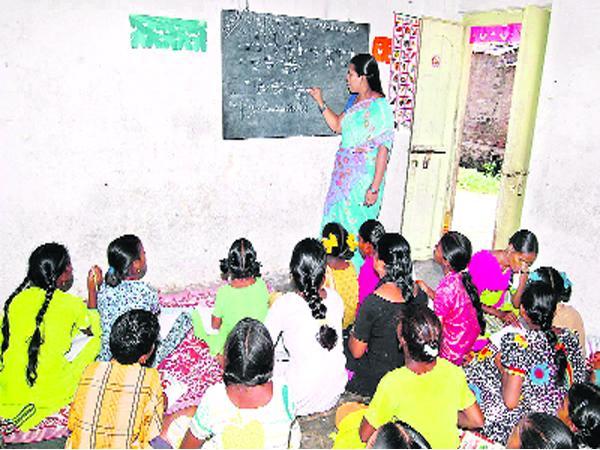 education officials concentration on 10th result - Sakshi