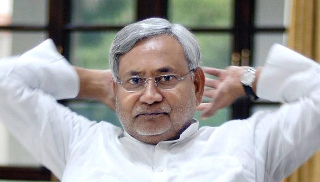Planning to Move Nitish Kumar to Delhi,  - Sakshi